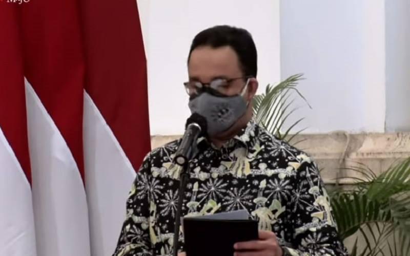 Gubernur DKI Jakarta Anies Baswedan memberi kata sambutan pada Puncak Peringatan Hari Pers Nasional Tahun 2021 di Istana Negara pada Selasa (9/2/2021). JIBI - Bisnis/Nyoman Ary Wahyudi