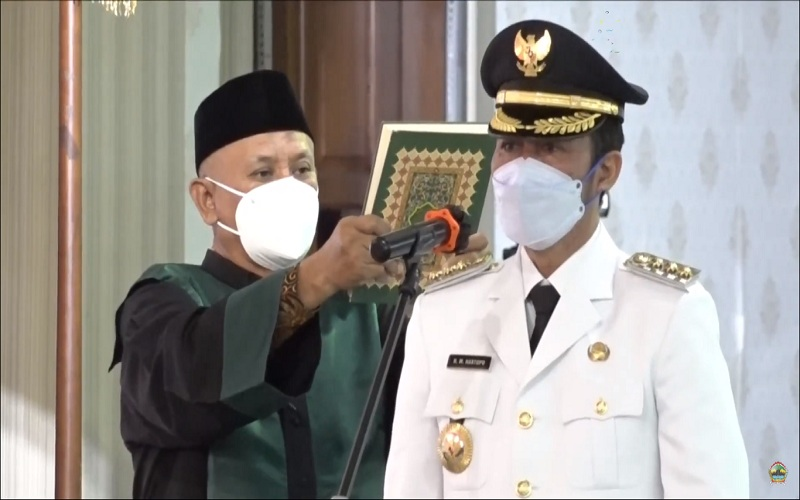 HM Hartopo mengucapkan sumpah jabatan sebagai Bupati, Jumat (9/4 - 2021) / Istimewa