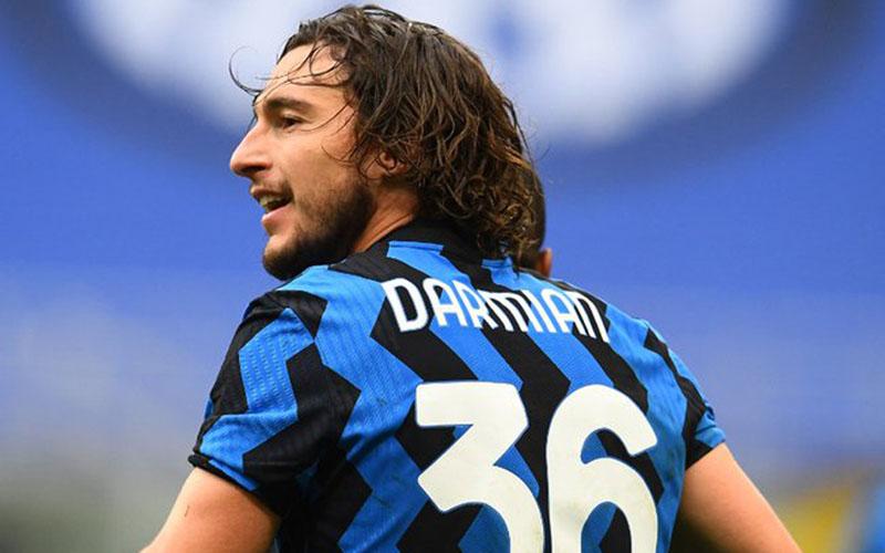 Pemain Inter Milan Matteo Darmian selepas menjebol gawang Cagliari. - Twitter@Inter_en