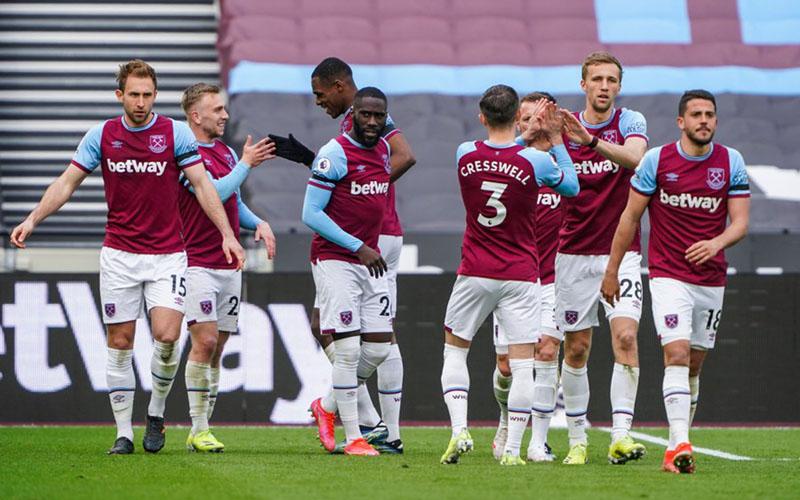 Para pemain West Ham United merayakan kemenangan atas Leicester city - Twitter@WestHam