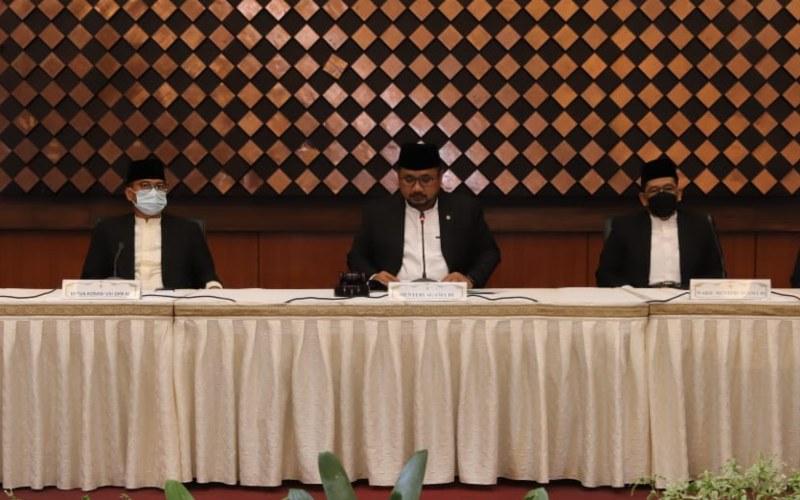 Menteri Agama Yaqut Cholil Qoumas memimpin Sidang Isbat, Senin (12/4/2021) - Dok./Kemenag