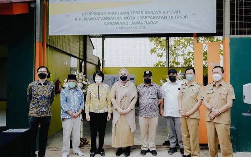 Peresmian TPS3R Baraya Runtah di Desa Sukaluyu Kabupaten Karawang
