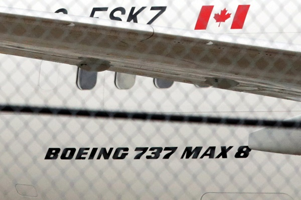 Pesawat Air Canada Boeing 737 Max 8 tampak terparkir di Toronto Pearson International Airport, Toronto, Kanada. - Bisnis/Reuters/Chris Helgren