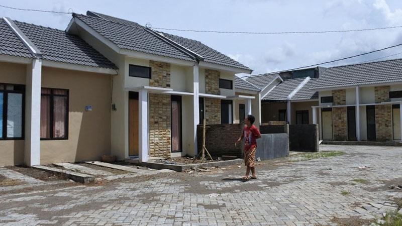 Perumahan sederhana di Kelurahan Tegal Gede, Kecamatan Sumbersari, Jember, Jawa Timur, yang pemilikannya dibiayai KPR BTN. - Antara