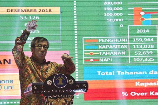 Menteri Hukum dan HAM Yasonna Laoly menyampaikan Refleksi Akhir Tahun Kemenkumham 2018, di  Jakarta, Kamis (27/12/2018). - ANTARA/Galih Pradipta