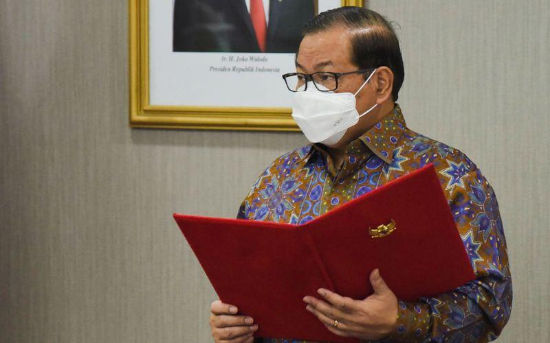 Seskab Pramono Anung memberikan arahan saat Pelantikan dan Pengambilan Sumpah/Janji Jabatan Pejabat Eselon I Setkab, di Jakarta, Rabu (14/4 - 2021) / Dok. Setkab