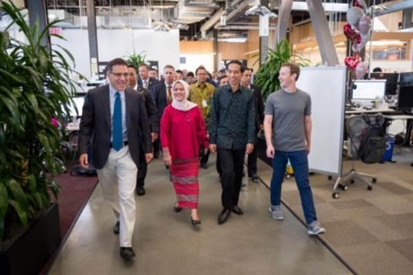 Presiden Joko Widodo mengunjungi markas Facebook di Menlo Park, Silicon Valley. Presiden dan Ibu Negara Iriana Jokowi disambut Mark Zuckerberg - Facebook