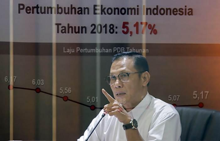 Kepala Badan Pusat Statistik (BPS) Suhariyanto memberikan paparan dalam konferensi pers, di Jakarta, Rabu (6/2/2019). - Bisnis/Felix Jody Kinarwan