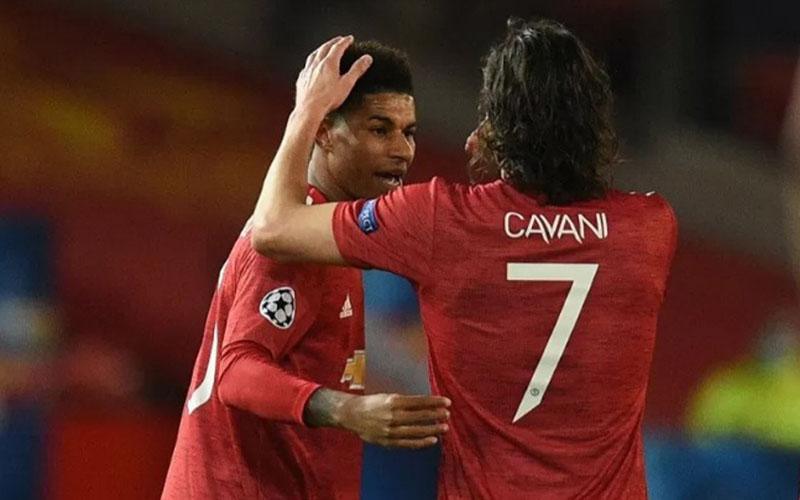 Dua pemain depan Manchester United, Marcus Rashford (kiri) dan Edinson Cavani./Antara - AFP
