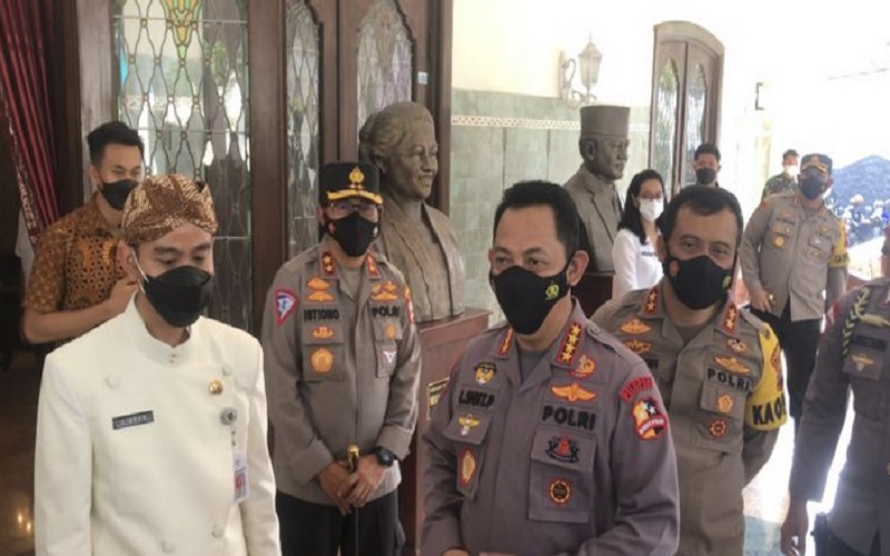 Kapolri Jenderal Pol Listyo Sigit Prabowo mengunjungi Loji Gandrung, Solo, Kamis (25/3/2021). JIBI - Solopos/Ichsan Kholif Rahman