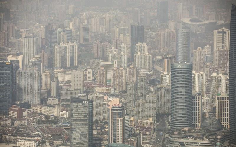 Pemandangan Shanghai, China dari atas. - Bloomberg/Qilai Shen