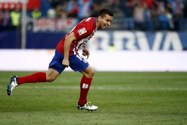 Ujung tombak Atletico Madrid Angel Correa - Reuters