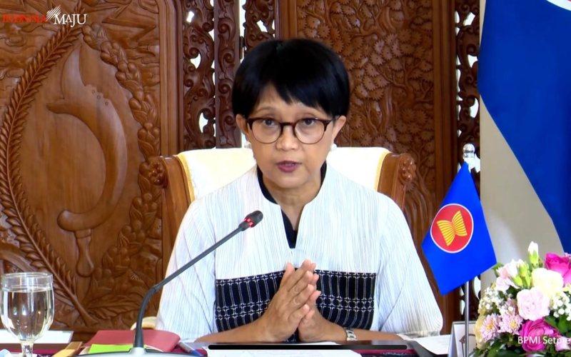 Menteri Luar Negeri RI Retno L.P. Marsudi saat menyampaikan keterangan pers terkait hasil pertemuan KTT Ke-37 Asean di Istana Kepresidenan, Bogor, Jawa Barat, Sabtu (14/11/2020) - Youtube Sekretariat Presiden