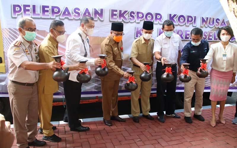 Pelapasan ekspor 40 ton kopi NTB ke Korea Selatan.  - Istimewa