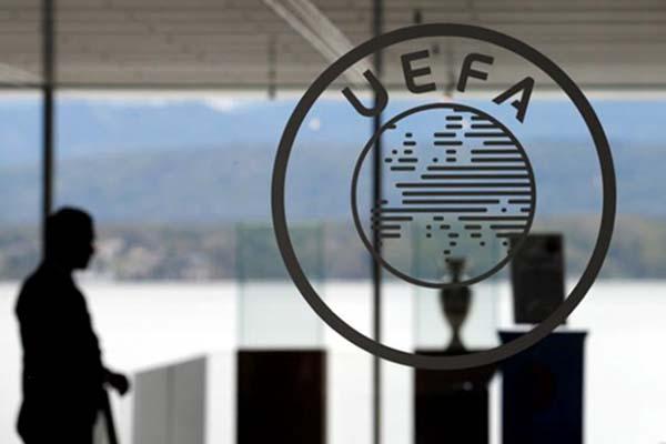 Markas Union of European Football Associations (UEFA) di Nyon, Swiss. Otoritas sepak bola Eropa itu menghadapi tantangan berat dengan munculnya rencana kompetisi eksklusif Liga Super Eropa (ESL) yang dikendalikan manajemen tim-tim papan atas Benua Biru. - Reuters
