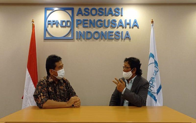 Ketua Apindo Kaltim M. Slamet Brotosiswoyo (kanan) saat bersama dengan Ketua Apindo Hariyadi Sukamdani. - JIBI/Istimewa