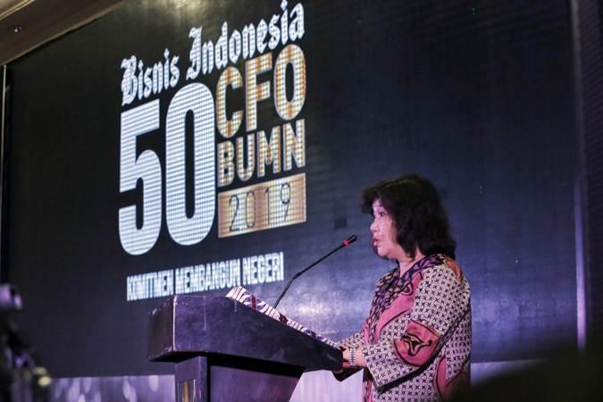 Direktur Utama PT Jurnalindo Aksara Grafika Lulu Terianto membuka acara Bisnis Indonesia CFO BUMN Award 2019, sekaligus meluncurkan Majalah 50 CFO BUMN 2019, di Jakarta, Selasa (26/3/2019). - Bisnis/Felix Jody Kinarwan