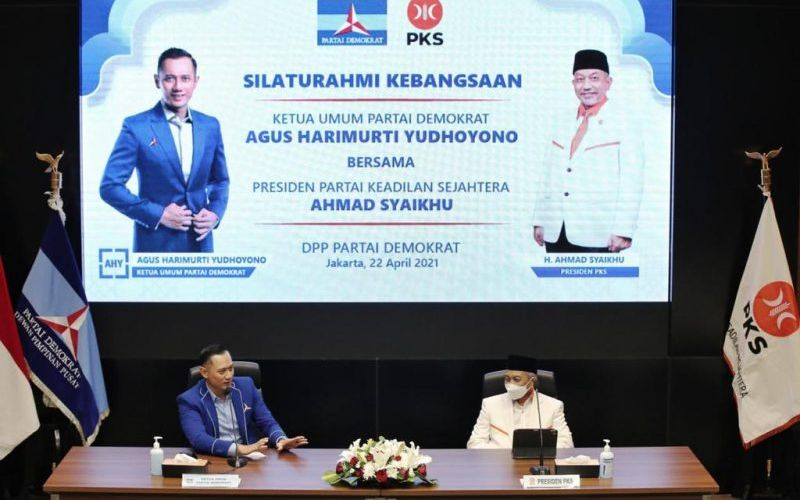 Ketua Umum Partai Demokrat Agus Harimurti Yudhoyono (AHY) bertemu dengan Presiden PKS Ahmad Syaikhu di Kantor DPP Partai Demokrat, Jakarta, Kamis, 22 April 2021 / Dok. Demokrat