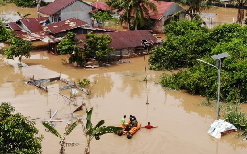 Banjir di Pekanbaru  - Istimewa