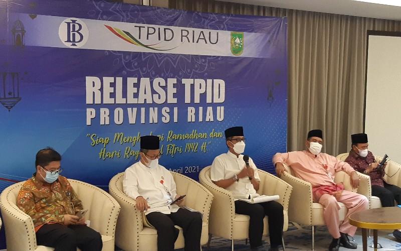 TPID Riau melakukan sejumlah upaya menekan fluktuasi harga kebutuhan pangan selama Ramadan dan Lebaran  - Bisnis/Arif Gunawan