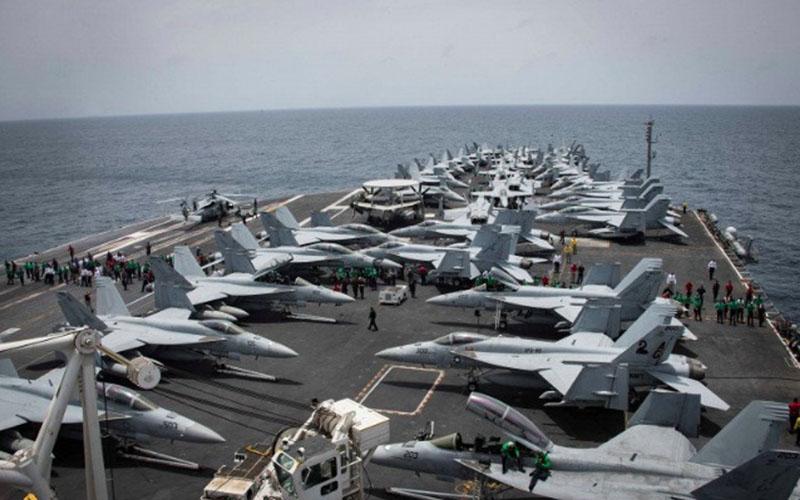 Kapal induk Amerika Serikat Nimitz USS Abraham Lincoln./Antara - Reuters