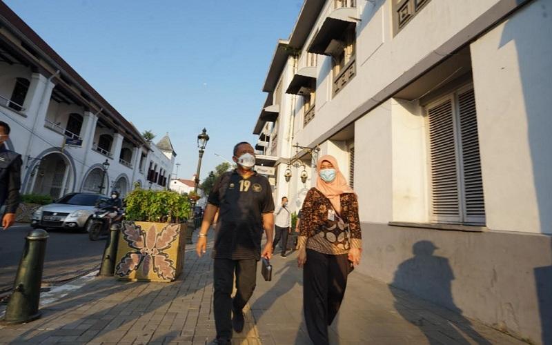 Wakil Wali Kota Bandung Yana Mulyana saat menggelar kunjungan pengelolaan Kota Lama di Semarang