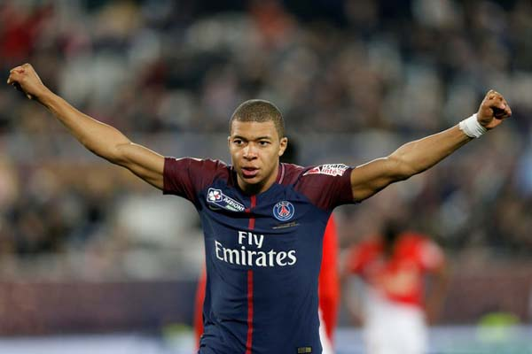 Penyerang Paris Saint-Germain Kylian Mbappe - Reuters