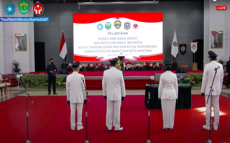 Pelantikan Pasangan Bupati Kutai Barat Dan Wali Kota Bontang di Pendopo Odah Etam (26/4/2021). - JIBI/Muhammad Mutawallie Sya'rawie
