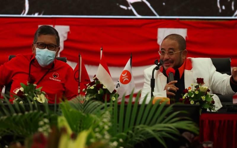 Sekretaris Jenderal Hasto Kristiyanto menyambut rombongan PKS yang dipimpin Sekretaris Jenderal PKS Habib Aboe Bakar Alhabsyi. - Istimewa