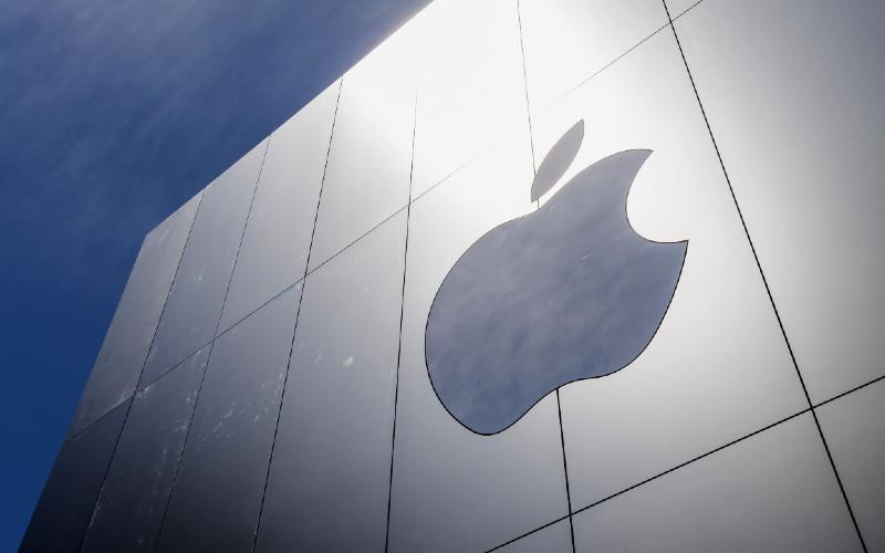 Logo Apple. Secara sistem, anti-malware buatan Apple bisa melindungi dari bahaya malware.   - Bloomberg
