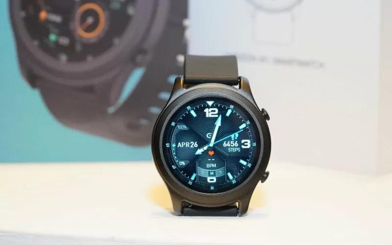 Horizon W1, smartwatch besutan Oase terbaru dengan model trendi dan sportif.  - ANTARA/OASE Indonesia.