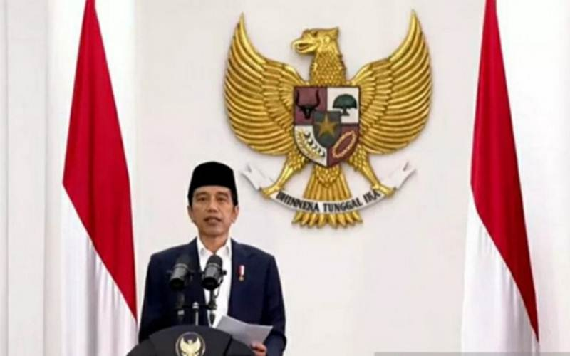 Presiden Jokowi saat melantik enam menteri baru pada 23 Desember 2020 - Antara