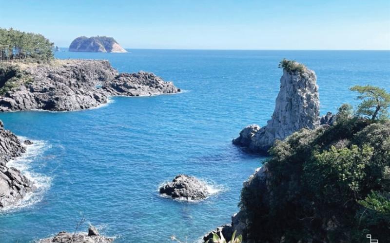 Rute 7 Jalur Pendakian di Pulau Jeju menawarkan pemandangan pantai pulau yang paling indah.  - Koreantimes.