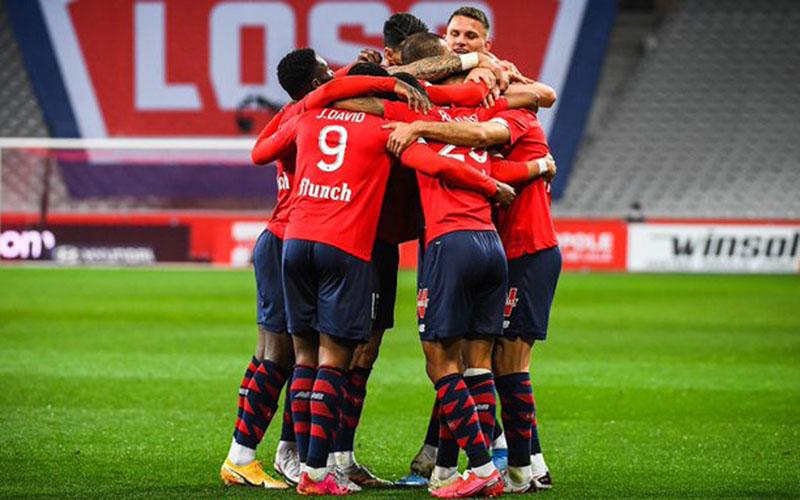 Para pemain Lille merayakan gol kedua ke gawang Nice. - Twitter@LOSC_EN