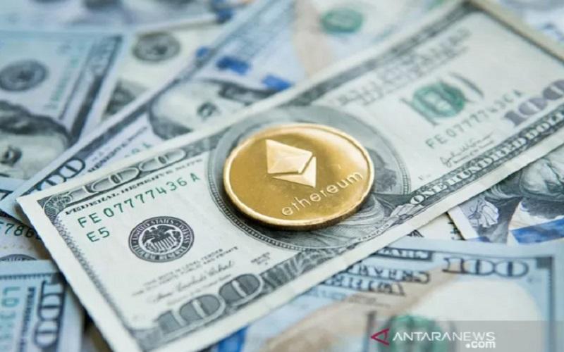 Mata uang crypto Ethereum Emas pada dolar AS/ANTARA-Shutterstock - pri.