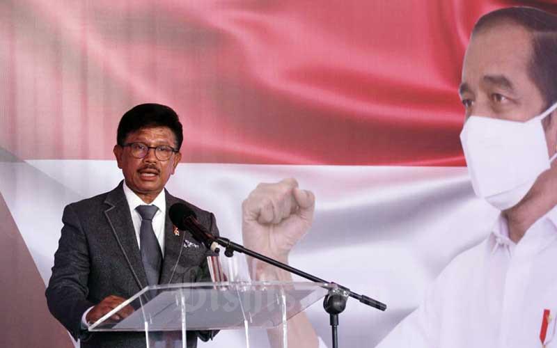 Menteri Komunikasi dan Informatika Johnny Gerard Plate - Bisnis/Himawan L Nugraha