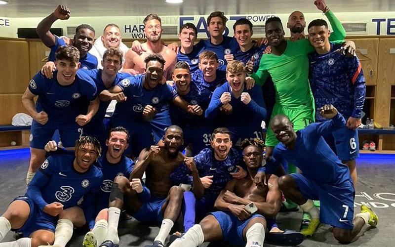 Skuad Chelsea bersukacita selepas memastikan lolos ke final Liga Champions. - Twitter@ToniRuediger