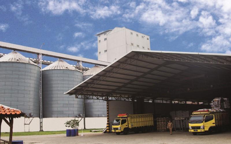 Ilustrasi/Suasana pabrik pakan ternak.