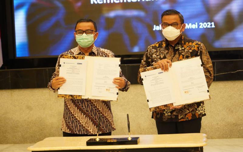 BBRI Gandeng BRI, Kementerian Investasi Permudah Akses Layanan Perizinan UMKM - Ekonomi Bisnis.com