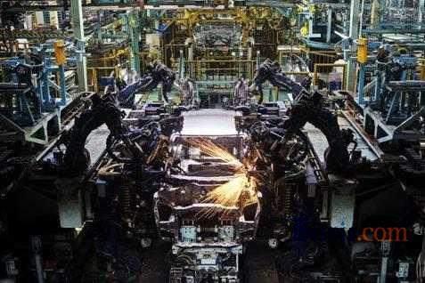 Ilustrasi pabrik mobil.  - Bisnis.com