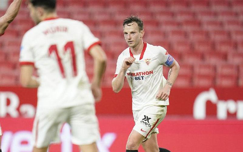 Gelandang serang Sevilla Ivan Rakitic - Twitter@SevillaFC_ENG