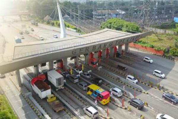 Lalin tol Tangerang-Merak.  - Istimewa