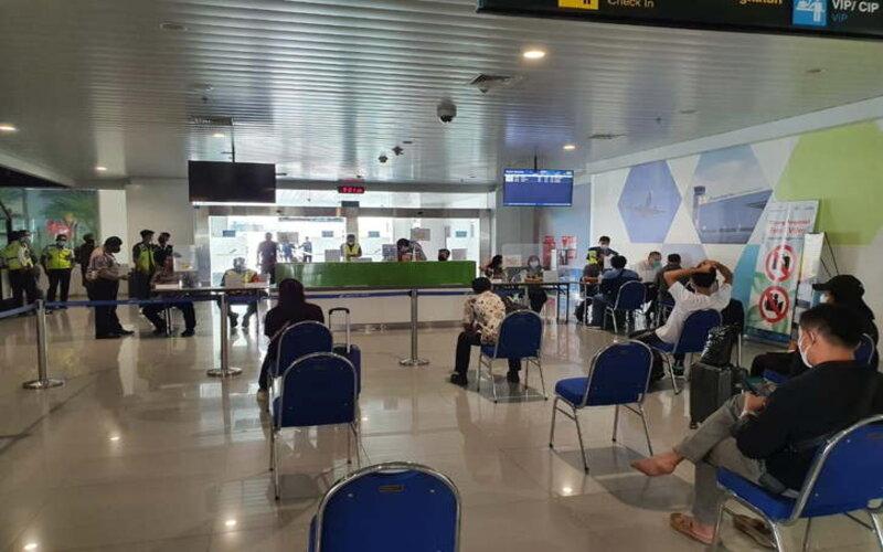 Suasana terminal Bandara Internasional Jenderal Ahmad Yani Semarang saat masa larangan mudik Lebaran, Senin (10/5/2021). - Humas PT AP I Bandara Ahmad Yani.