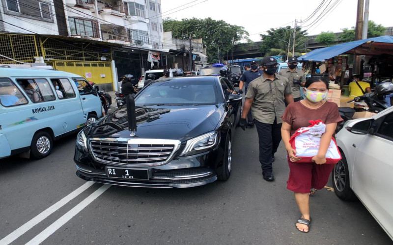 Rombongan Presiden Joko Widodo saat meninjau sejumlah lokasi di Jakarta, Selasa (11/5/2021). - Istimewa