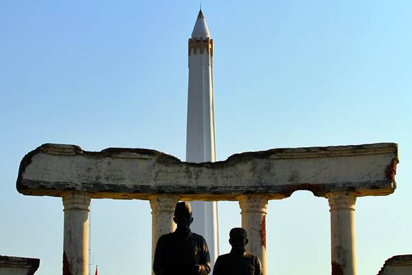 Monumen Tugu Pahlawan di Surabaya salah satu lokasi ikonik Jatim. - Istimewa