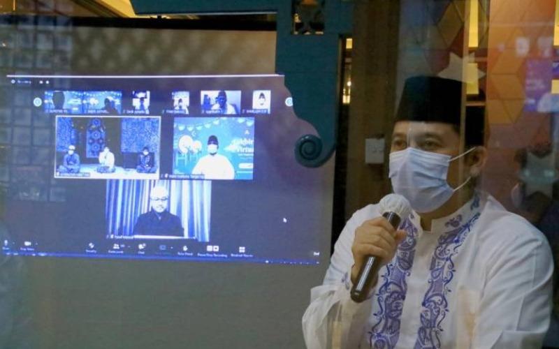 Wali Kota Tangerang Arief R Wismansyah melaksanakan silaturahim virtual dalam menyambut Idulfitri 1442 Hijriah, Kamis (13/5/2021) - Antara