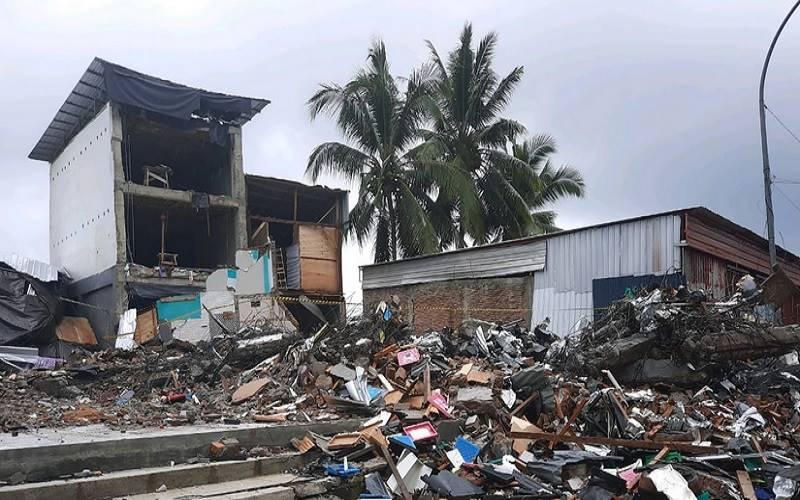 Bangunan rusak akibat gempa bumi M6,2 di Sulawesi Barat. - Dok.BPBD Kabupaten Majene\r\n