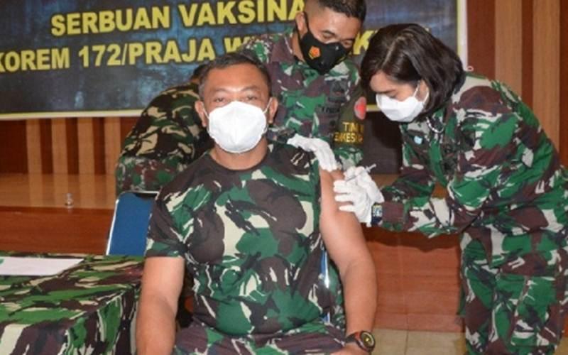 Danrem 172/PWY Brigjen TNI Izak Pangemanan/Antara/HO - Korem 172 PWY