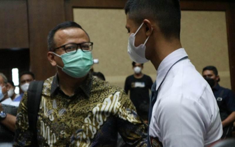 Mantan Menteri Kelautan dan Perikanan Edhy Prabowo saat berada di pengadilan Tindak Pidana Korupsi (Tipikor) Jakarta, Selasa (18/5/2021). - Antara/Desca Lidya Natalia