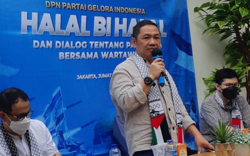 Ketua Umum Partai Gelora Anis Matta memberikan keterangan dalam halalbihalal dengan kalangan pers di kantor Media Center Gelora, Jumat (21/5/2021) - Bisnis/John Andhi Oktaveri